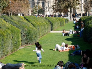 An American (Child) in Paris