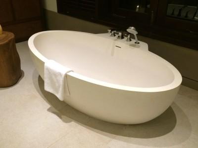 Heavenly Bathtub in Sri Lanka