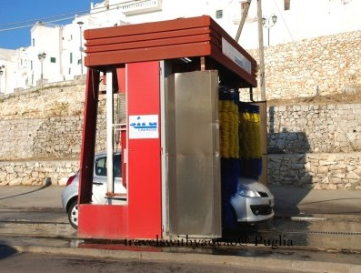 Italy: World's Smallest Carwash, Ostuni Italy